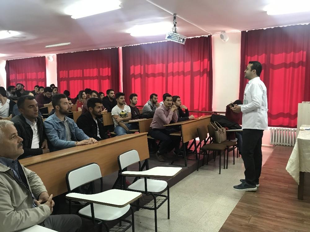 Öğrenciler Hastalıklar hakkında bilgilendirildi
