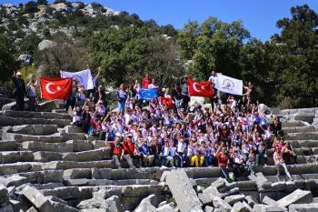 Öğrencilere Termessos antik kentinde izcilik eğitimi