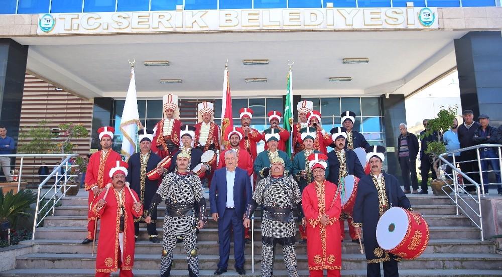 Serik Belediyesi Mehter Takımı kurdu