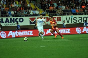 Spor Toto Süper Lig: Aytemiz Alanyaspor: 2 – Galatasaray: 3 (Maç sonucu)