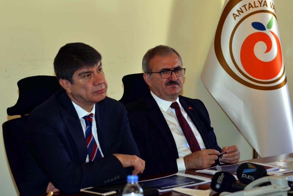 """Vali Karaloğlu: """"Kaleiçi ile ilgili alternatif çözümler ürettik"""""""