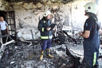 Yangında mahsur kalan 9 yaşındaki çocuğu itfaiye kurtardı