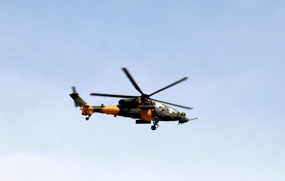 Yerli helikopter ATAK'tan muhteşem gösteri