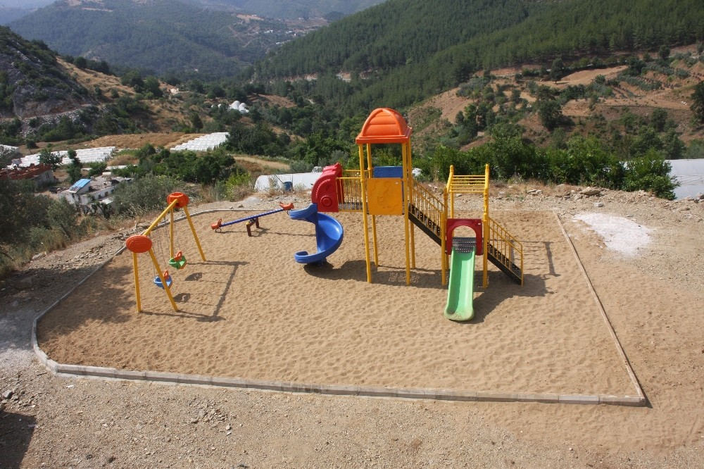 Alanya Belediyesi'nden kırsala 4 park