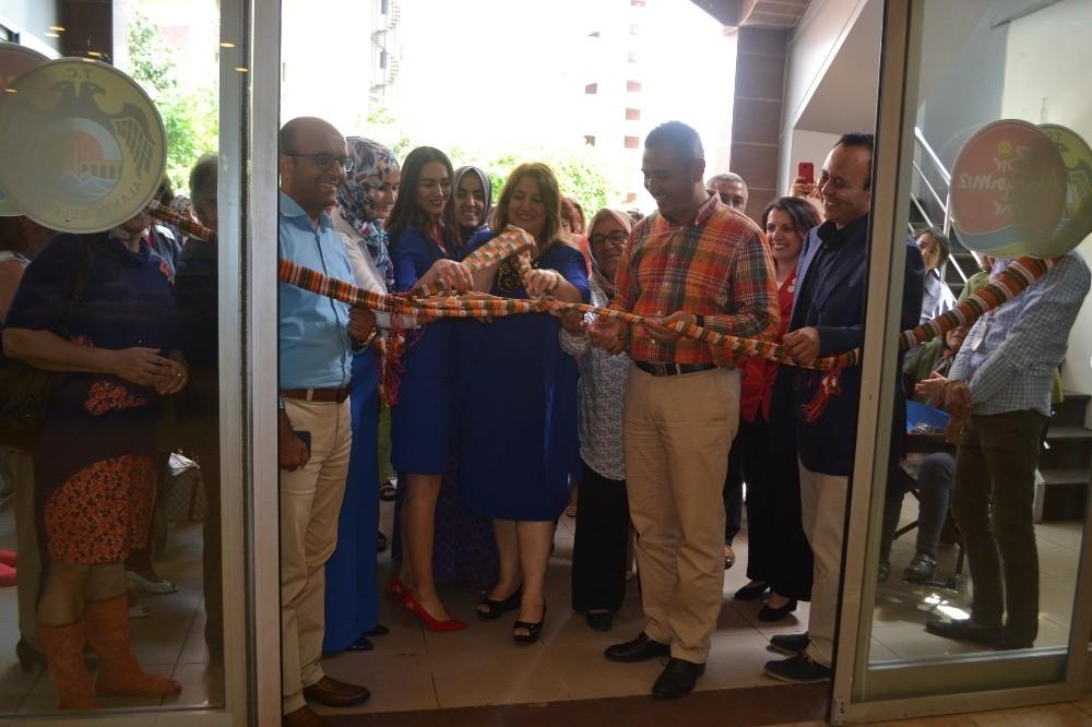 Alanya Mahmutlar'da el sanatları sergisi açıldı