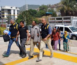 Alanya'da 1 yıl önce işlenen cinayette yasak aşk iddiası: 3'ü kadın 5 gözaltı
