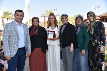 Alanya'da En Güzel Balkon ve Bahçe sahipleri ödüllerini aldı