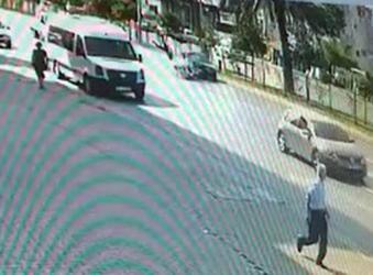 Alanya'da otomobille motosiklet çarpıştı: 2 ağır yaralı