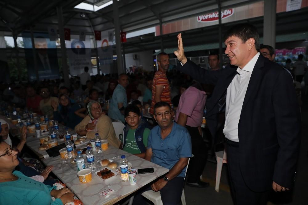 Antalya Büyükşehir Alanya'da iftar sofrası kurdu