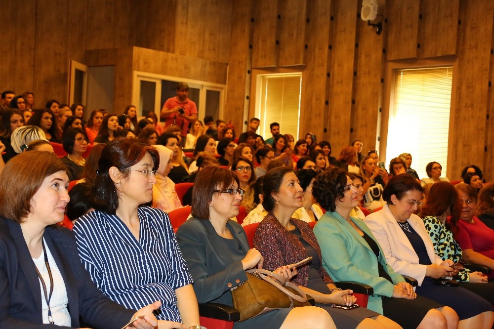 Antalya Hemşirelik Haftasını AÜ'de Kutladı