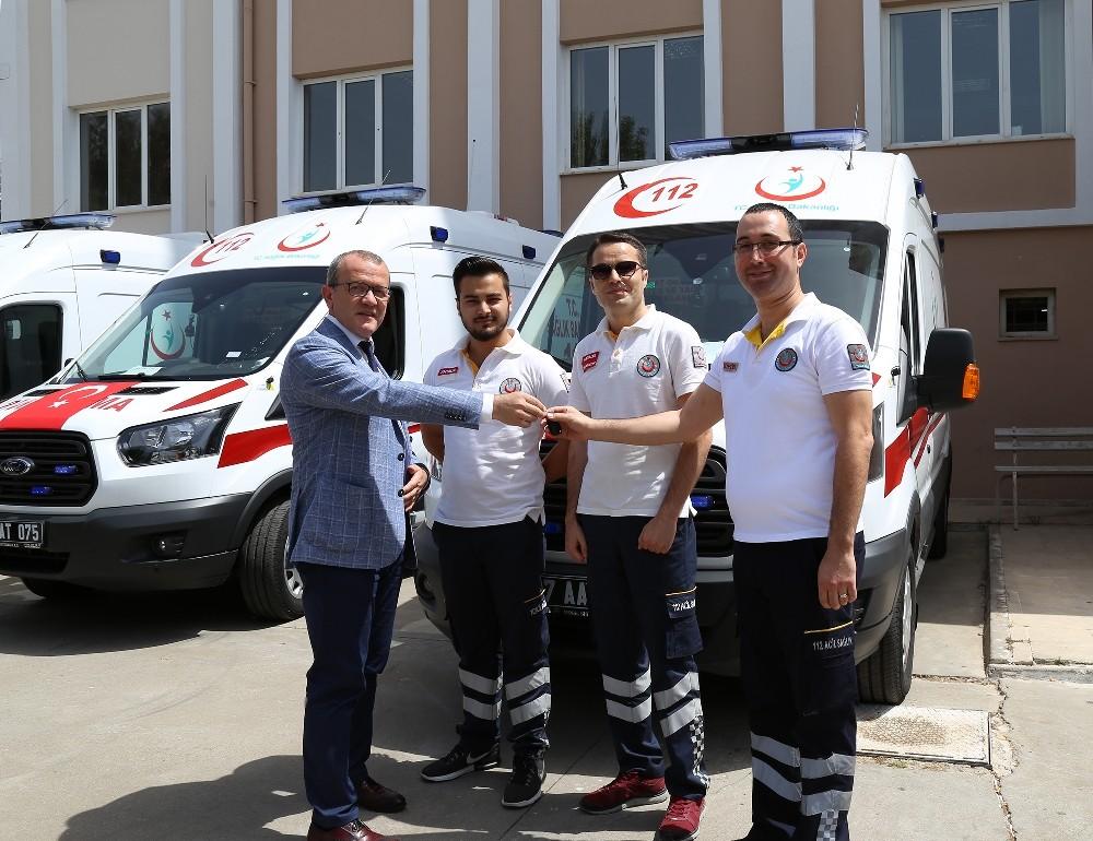 Antalya İl Sağlık Müdürlüğüne 3 yeni tam donanımlı ambulans