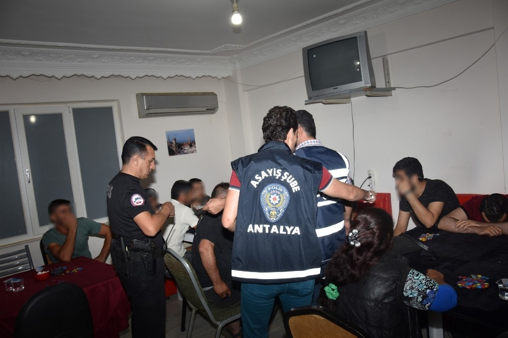 Antalya'da kumar operasyonları