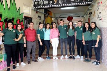 Antalya'da şiir tadında okul