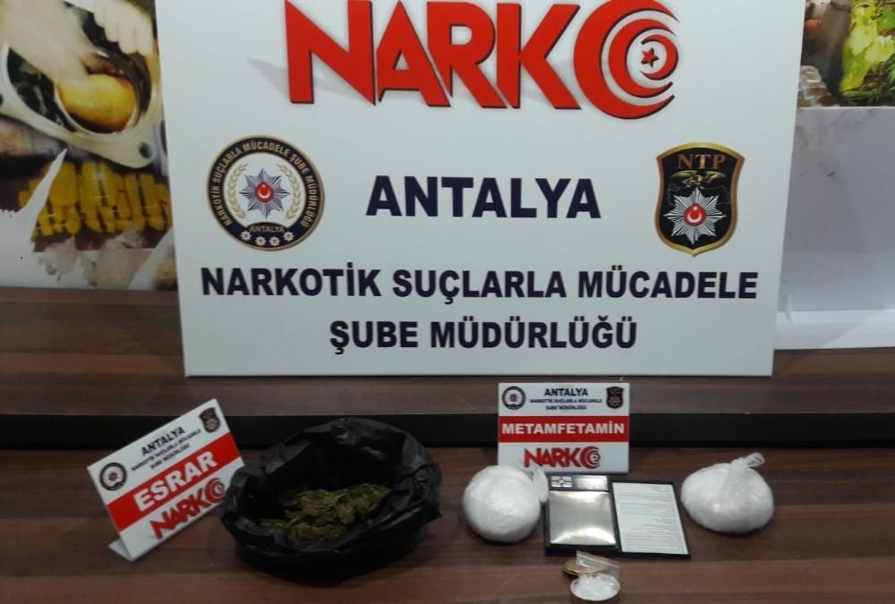 Antalya'da uyuşturucu operasyonu: 3 tutuklama