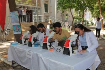 AÜ 'Tıbbi Laboratuvar Teknisyenleri ve Teknikerleri Günü' kutlaması