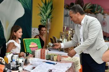 Başkan Uysal, Elden Ele Mutluluk Festivali'nde
