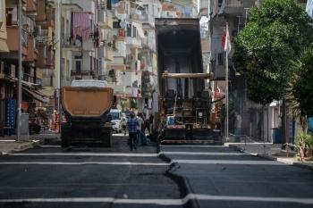 Deniz Mahallesi'ne sıcak asfalt
