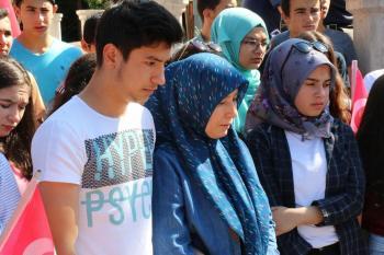 Diriliş Kampı gençlerinden şehit annesine anlamlı ziyaret