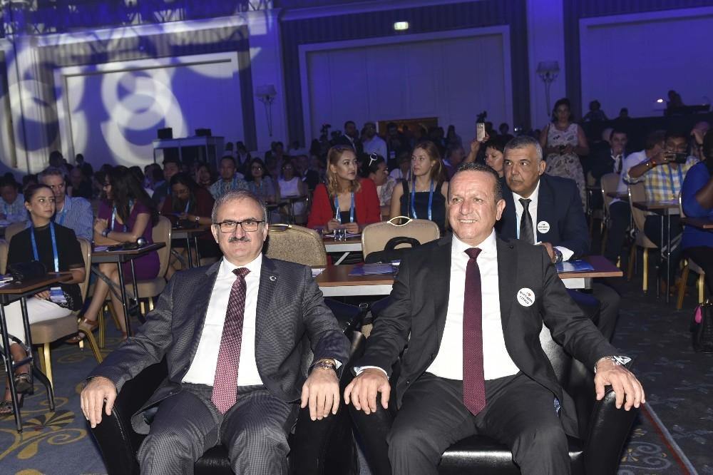 Düğün Turizmi Forumu Antalya'da başladı