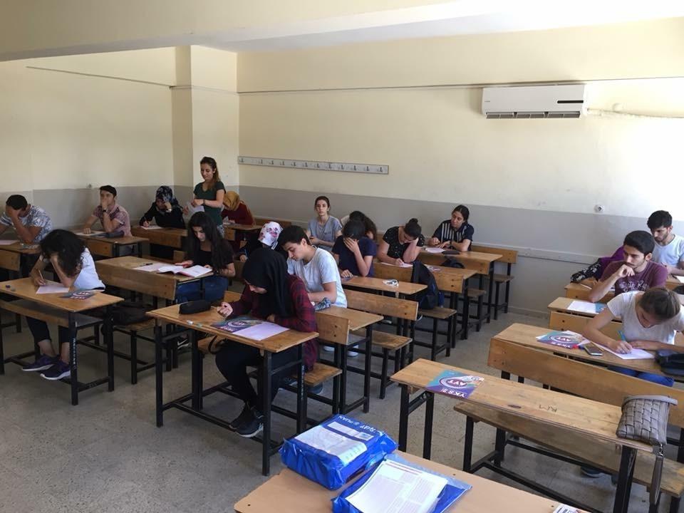 Kepez'den YKS Deneme Sınavı