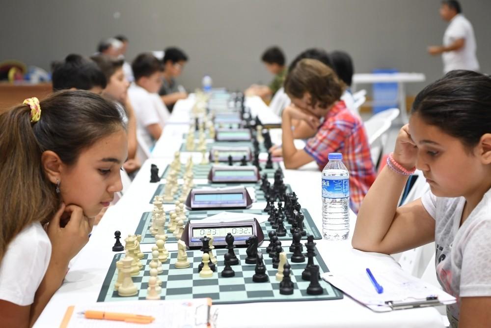 Konyaaltı Belediyesi Satranç turnuvası sona erdi