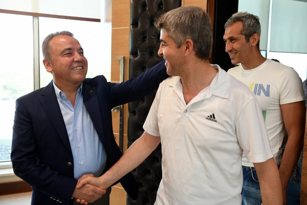 Konyaaltı Belediyespor'un hedefe 3. Lig