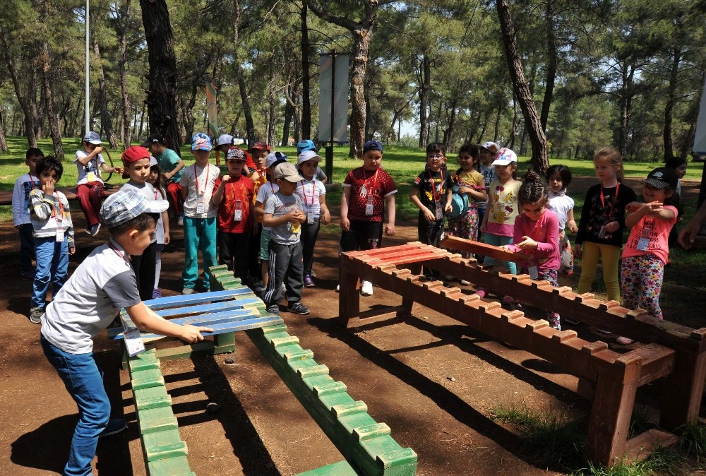 Macera Ormanı çocukları eğlendiriyor