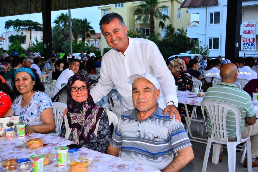 Manavgat Belediyesi'nden Mahallelere iftar sofrası