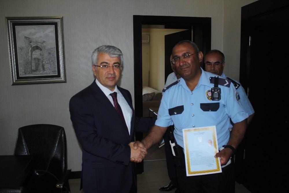 Manavgat'ta Polis ve Jandarma'ya teşekkür belgesi