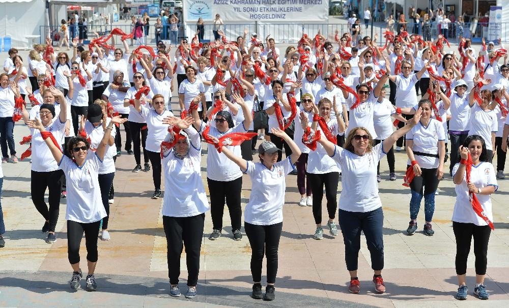 Muratpaşa Kent Meydanı'nda sabah sporu