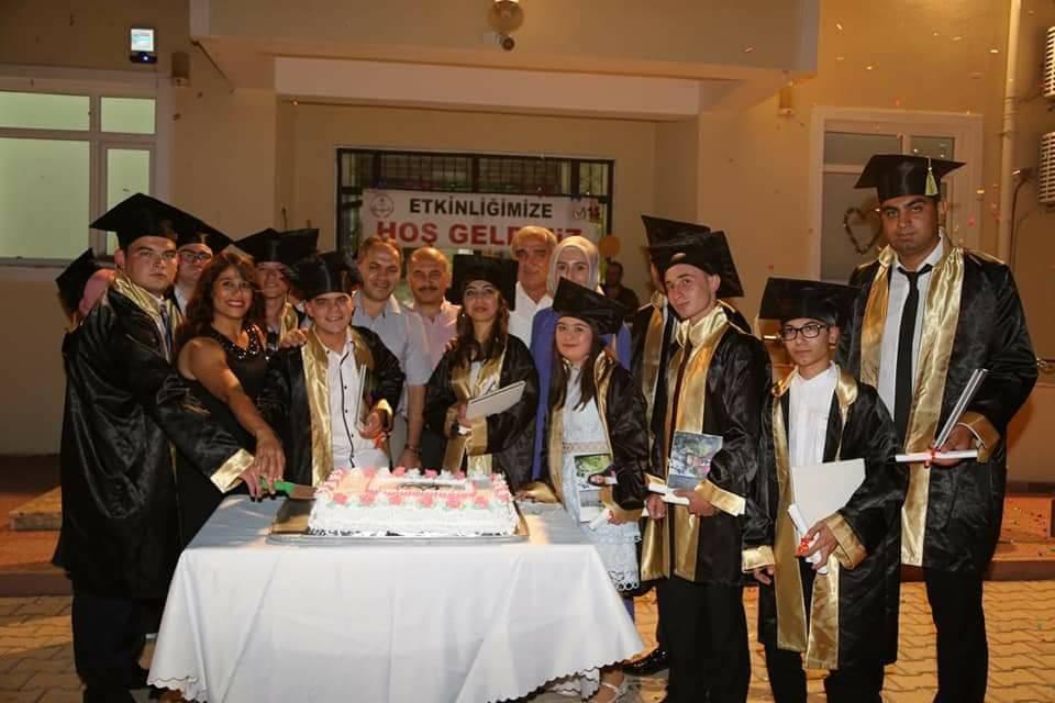 Özel öğrencilere, özel mezuniyet gecesi