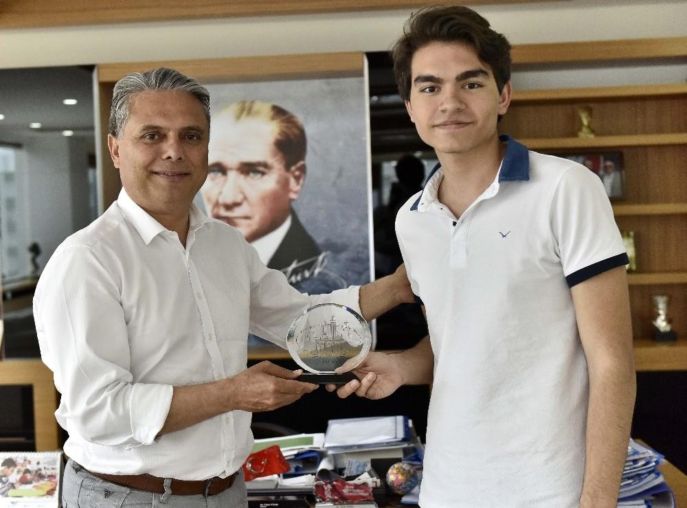 Satranç şampiyonu Muratpaşa'da