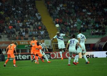 Spor Toto Süper Lig: A. Alanyaspor: 1 – Osmanlıspor: 0 (İlk yarı)