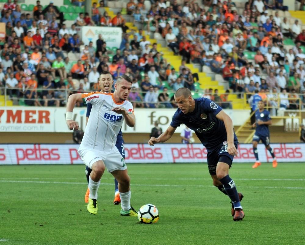 Spor Toto Süper Lig: Aytemiz Alanyaspor: 1 – Antalyaspor: 1 (İlk yarı)