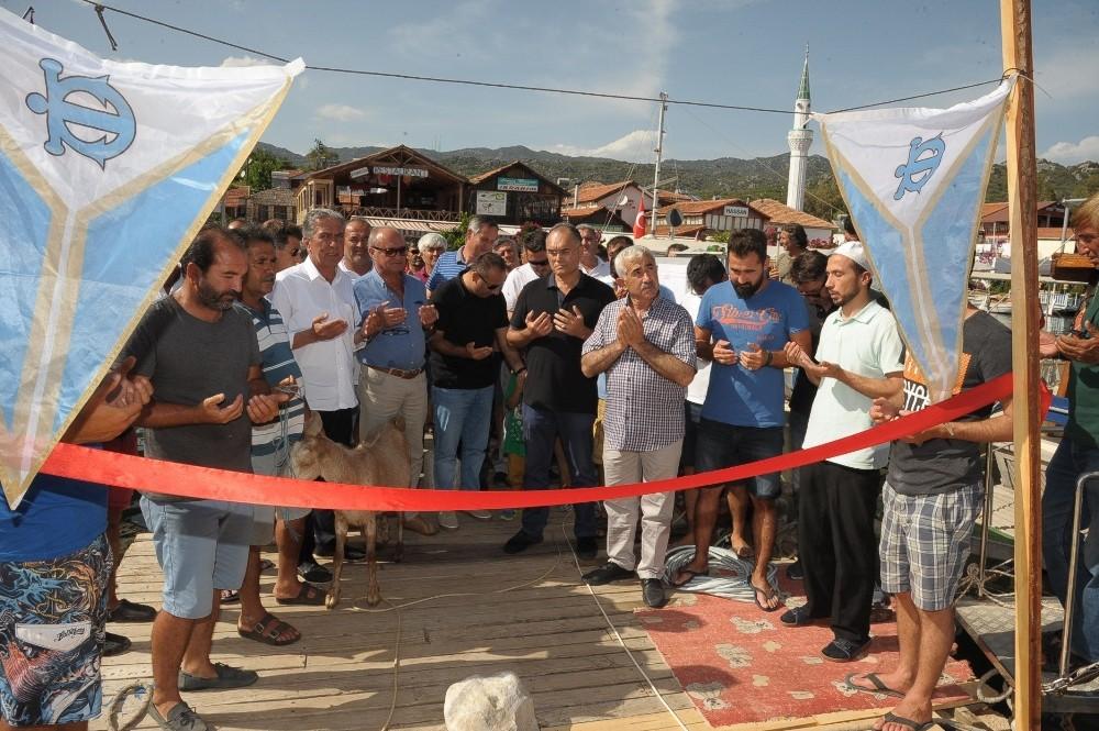 Üçağız iskelesi hizmete açıldı