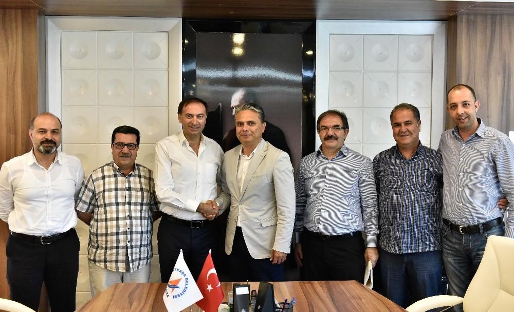 Uysal, Erzurumsporu kutladı