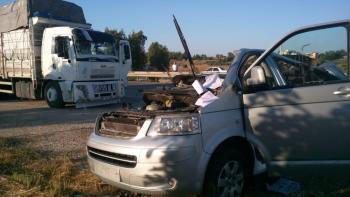 Antalya'da 2 ayrı trafik kazasında 3 kişi yaralandı