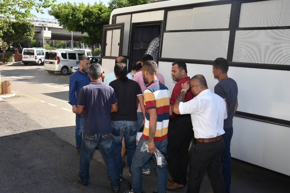 Antalya'da aranan 15 hırsızlık zanlısı yakalandı