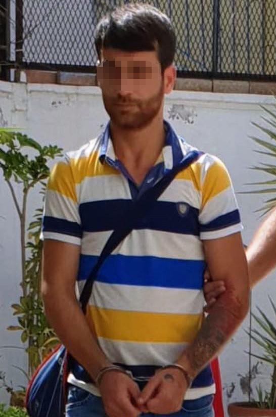 Antalya'da aranan 3 kişiyi yakaladı