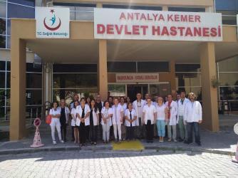 Antalya'da hekimlerden darp edilen hekime destek
