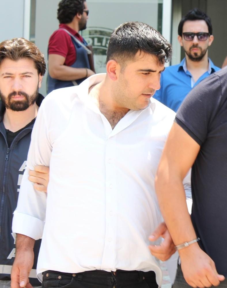 Antalya'da milyonerin aracından hırsızlığa 4 tutuklama