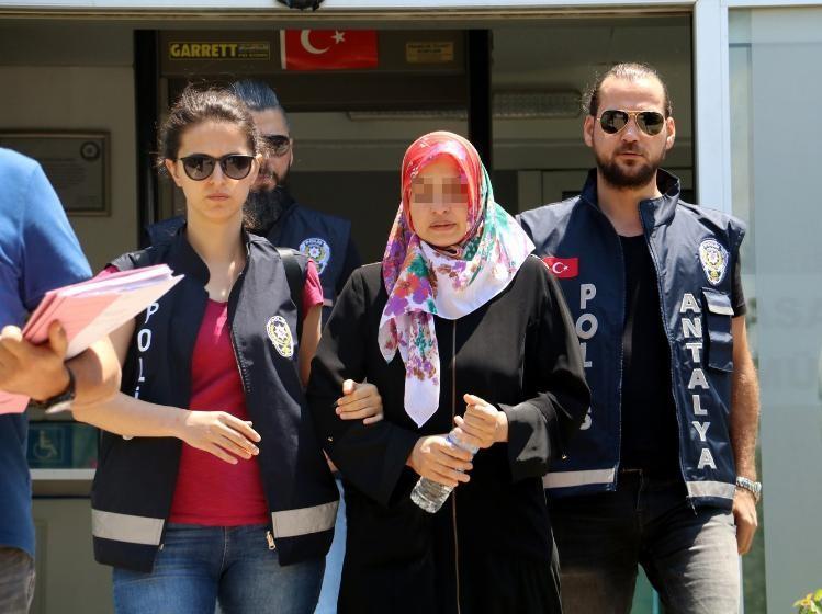 Antalya'da sevgilisini öldüren kadın tutuklandı