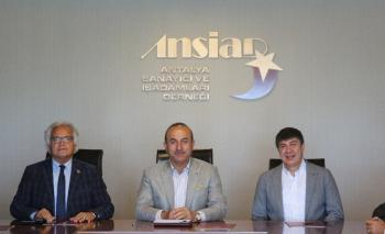 """Bakan Çavuşoğlu: """"Antalya'da 10 üniversite hedefimiz var"""""""