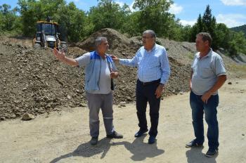 Büyükşehir'den Akseki'de üç mahalleye asfalt