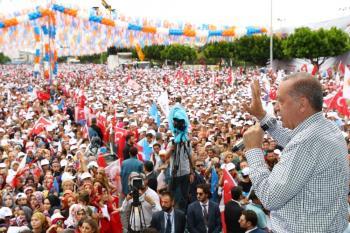 Erdoğan'ın Antalya mitingine Büyükşehir'in projeleri damga vurdu