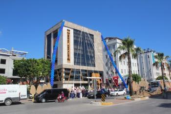 Manavgat Esnaf Kefalet'e Modern Hizmet Binası
