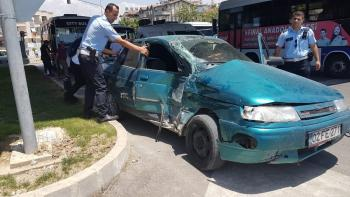 Manavgat'ta trafik kazası: 1'i Kırgız turist 3 yaralı