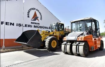 Muratpaşa'da yeni iş makineleri