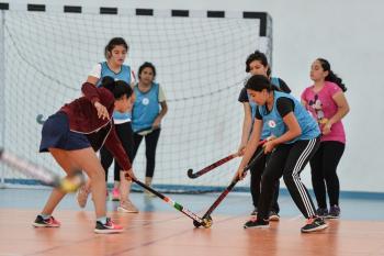 Muratpaşa'dan hokey turnuvası