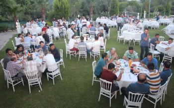 TES-İŞ'ten işçilere iftar